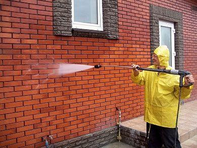 Идея бизнеса на удаление белого налета с стен зданий