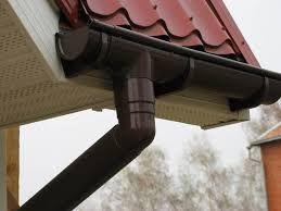 Заработок на изготовление и монтаже водостоков на кровле домов