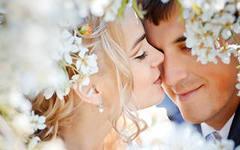 издание мини журнала – «Первый год после свадьбы»