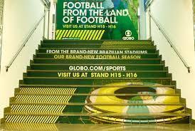 размещение рекламы на ступенях лестниц как идея бизнеса