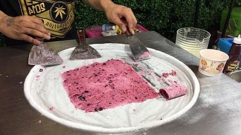 Изготовление тайского мороженого